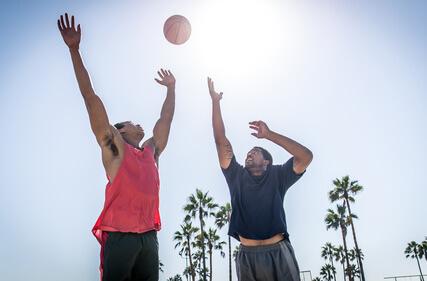 Zeiteinteilung- Basketball Regeln